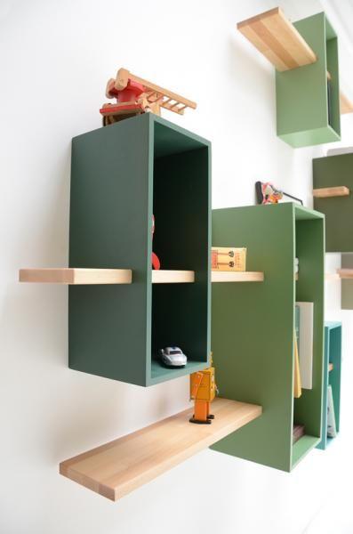 ספריה מינימליסטית וצבעונית www.lacorbeille.fr