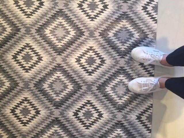 אחד מהשטיחים החדשים של יש מאין