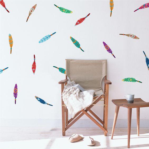 עוד אופציה למשחק על הקיר. www.etsy.com/search?q=feather+wall+decal
