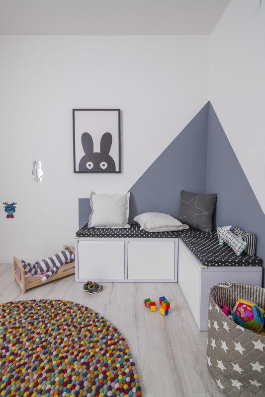 חדר המשחקים. הצבעוניות בשטיח. עיצוב: רוית רוד צילום: עידן גור