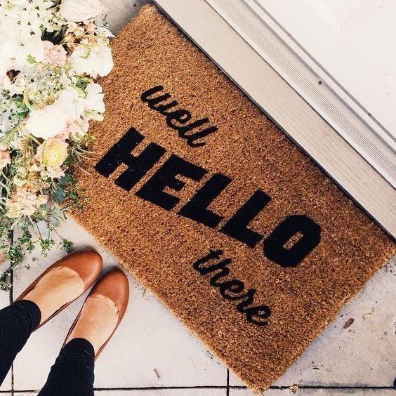 להשקיע בשטיח כניסה יפה, מגניב או צבעוני hometriangle.com