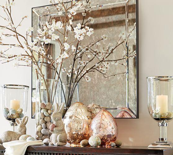 במקום חלוקי נחל, אגוזים. ואפשר גם לצבוע. www.potterybarn.com